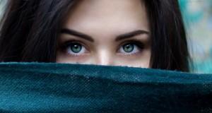 woman-secret